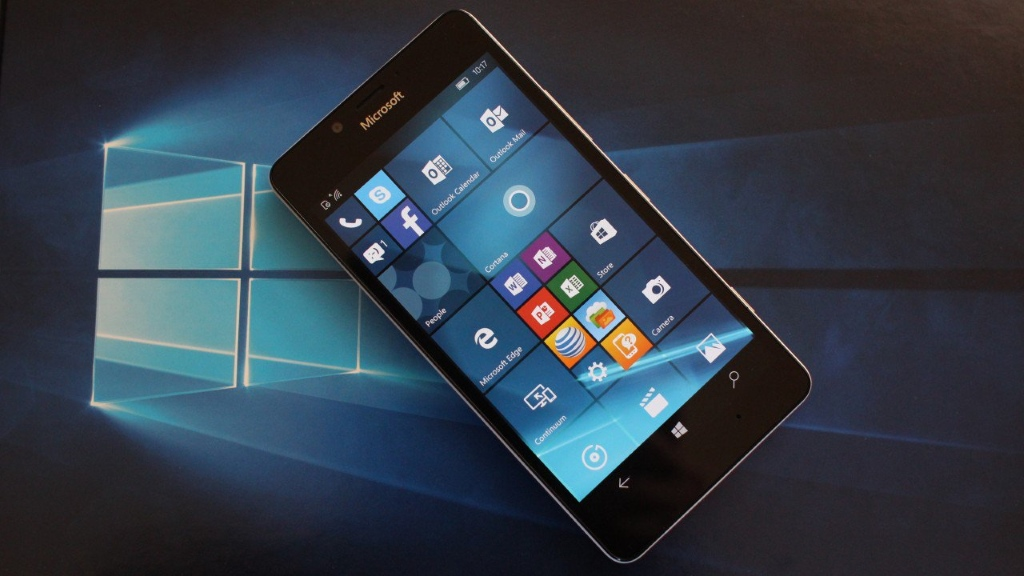Itt a Windows 10 Mobile Insider Preview build 14267 is